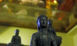 Cách bài trí tượng trong chùa