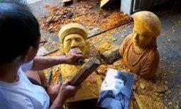 (Tiếng Việt) Thổi hồn vào gỗ – Bút kí của Quang Đạo