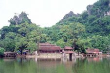 Di sản chùa Thầy